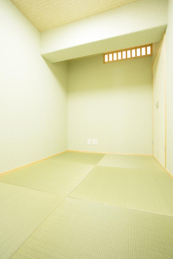 施工後 和室<br /> ご主人は秘密の畳スペースの小部屋