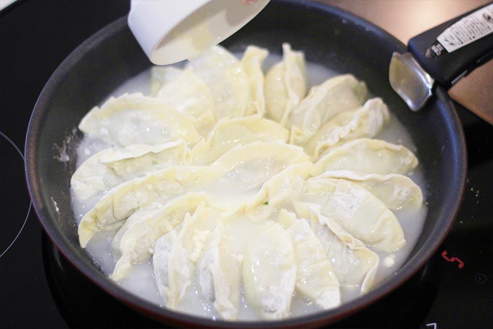 梅じそ焼き餃子